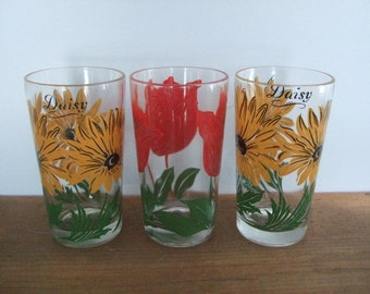 Daisy and Tulip Flower Glasses from Boscul Peanut Butter