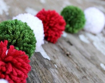 Red, White, Green Yarn Pom Pom Garland  | Christmas | Pompoms |Garland | Holiday Decor | Buntings | Photo Prop | Banner | Holiday Party