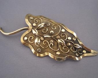 Vintage 12K Gold Filled Victorian Leaf Mesh Brooch