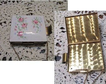 Vintage Mirror Compact, Guilloche rose, lipstick holder gold tone floral pink roses, mid century collectible, powder compact, chain strap s4