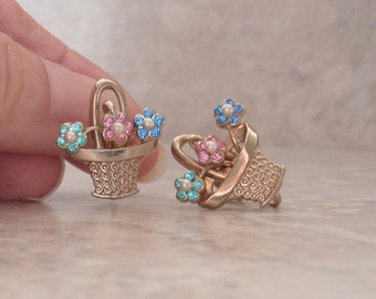 Flower Basket Earrings Rhinestone Gold Tone Screw Backs Vintage 120513UP