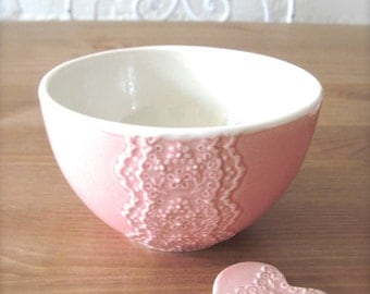 Handmade Shiny Pink Porcelain Lace Bowl with Heart Lace Cutlery Rest Set, Matcha Tea Bowl, Cereal bowl -Hideminy Lace Series