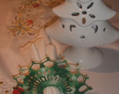 Hand crocheted lacy christmas napkin ring/holder, set of 4.