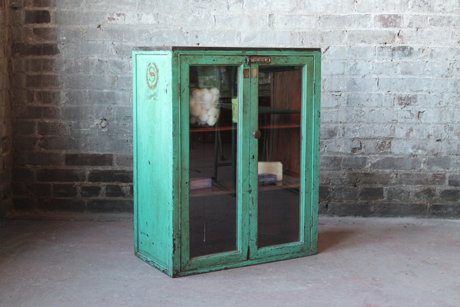 Vintage Emerald Green Distressed Warm Industrial Bohemian