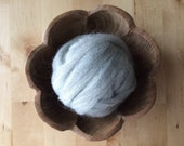 Wool roving supply for needle felting, Light Grey, 1 ounce