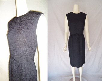 Textured Black Sleeveless Vintage 1950's LBD Sheath Hourglass Dress S M