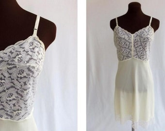 Vintage 60s Full Slip Off White Nylon Lace Bodice with Lace Trim  by Henson Kickernick Size 34