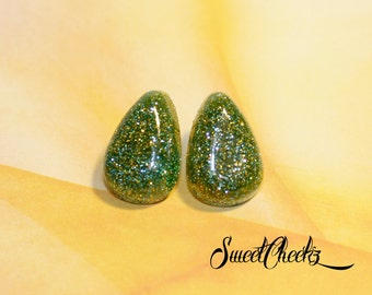 Green & Gold Glitter Lucite Earrings / Pinup Jewelry / Pinup Accessories