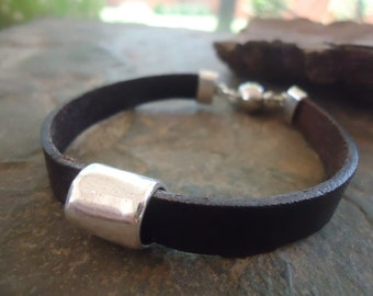 UNISEX brown leather strap with magnet (999)