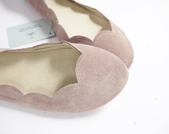 Ballet Flats Shoes in Old Pink Soft Suede Leather Scalloped Slip on Ballerinas