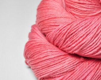 Artificial rose coral - Merino Sport Yarn Machine Washable