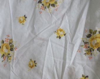 Yellow Rose Bouquet Floral Vintage Twin Flat Sheet (B)