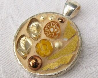 Gold coloured Mosaic Pendant/Medaillon