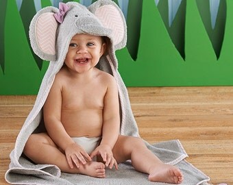 "Toddler's Personalized ""Splish Splash Elephant Bath"" Hooded Spa Towel"