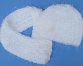 BEAUTIFUL winter set: SCARF and HAT. White. Petite to medium size. Special yarn combination of regular and eyelash yarn. Soft. Plush.