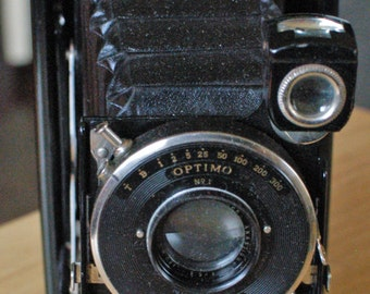 Kodak 1A Autographic Special Folding Camera with Rangefinder.  Uses A116 or 116 roll Film