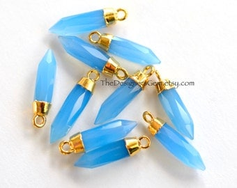 One Blue Chalcedony Gold Vermeil Bullet Point Pendant  23 x 5mm