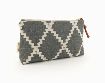 Metallic zipper pouch in charcoal grey and natural beige geometric diamond pattern | Small clutch, Makeup bag, Pencil case | Gift for her