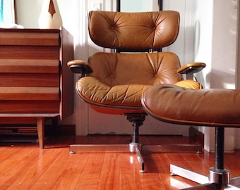 Mid Century Modern Brown Leather Lounge Chair and Ottoman by Plycraft