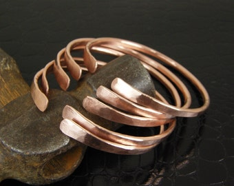 Stackable Bare Copper Wire Bangles Set of Five, 5 Made To Order Hammered Copper Wire Bangle Bracelets, Stacking Bangles