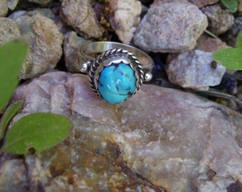 Kingman Natural Turquoise Nugget Sterling Silver Ring size 7 1/2