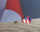 Vintage All American Strawberry Flag Pin . Made of Metal and decorated with enamel or Cloisonne.
