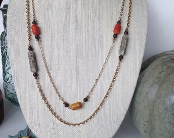 Vintage Sarah Coventry 1970s Necklace Carved Beads