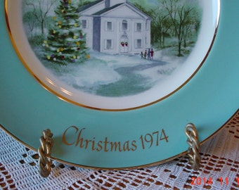 Vintage AVON Christmas Plate 1974 - Enoch Wedgwood Collectible - Country Church
