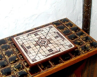 Viking Hnefatafl Game Board, Medieval Dollhouse Miniature 1/12 Scale, Hand Made