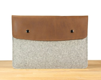 "13"" MacBook Pro with Retina Display - Gray Wool Felt with Brown Leather"