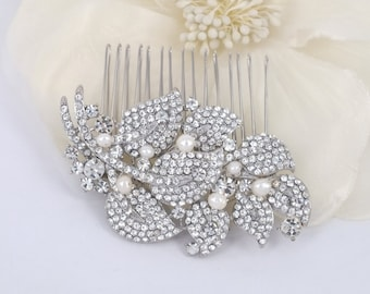 Sophie - Rhinestone and Freshwater Pearl Bridal Comb