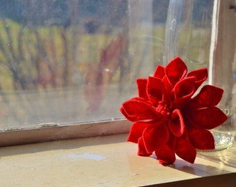 Red Dahlia Felt Flower Pin