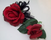 Red Black and White Wedding Flowers Beautiful Real Touch Roses Home Coming Prom Wedding Corsage And Boutonniere Set