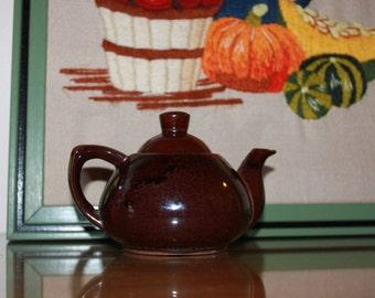 Epicurio No 112 Ming Tea Co Hartford Conn Vintage Mini Brown Ceramic Personal Teapot 1960s