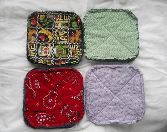 Pair of Rag Quilted Fabric Pot Holders 4 prints to choose from (Group A) Mary Engelbreit, Green Calico, Western Bandana, Lavender Calico