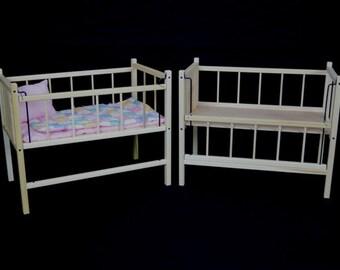 Old Fashioned Doll Crib