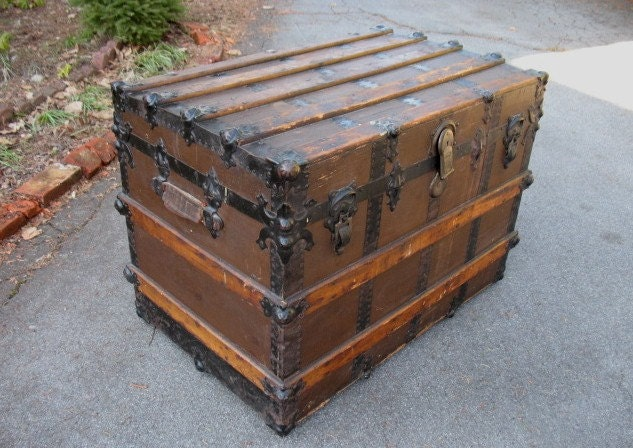 Antique Flat Top Steamer Trunk With Tray Insert Haute Juice