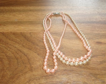 vintage necklace triple strand pink white faux pearls