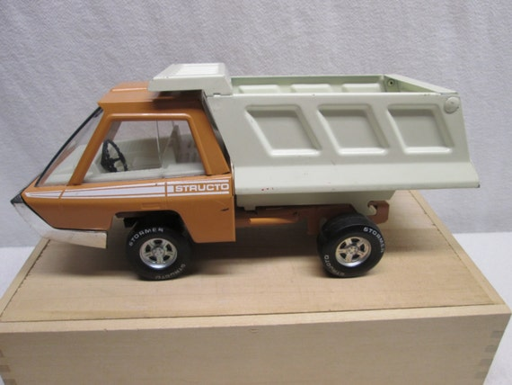 Toys That Were Made In The 1970 : Structo dump truck trucks toys made in usa props