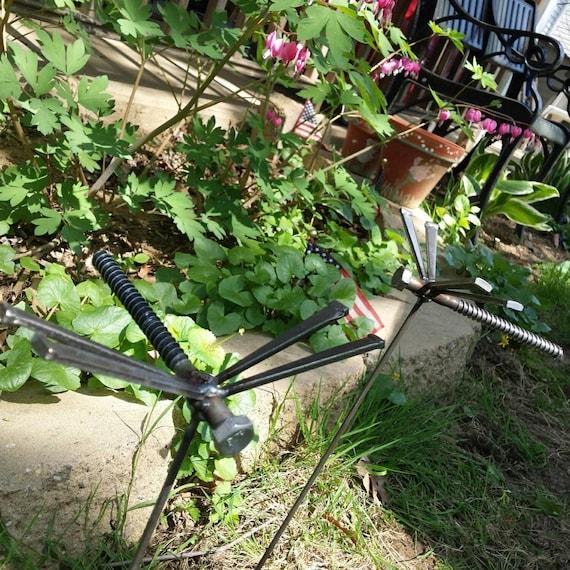 Handmade Garden Dragonfly Garden Stake Welded Metal Art Bug Decor   Unique Dragonfly  Garden Sculpture Stake   Indoor Plant Bug