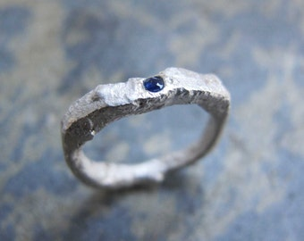 Rustic silver ring with sapphire - Flush set sapphire, chunky silver ring