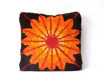 Vintage Bright Latch Hook Pillow