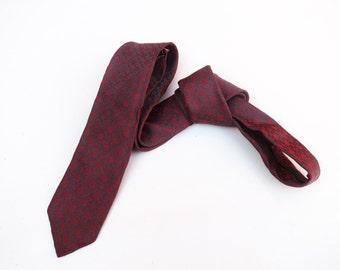 Vintage 1950s 1960s Mod Super Skinny Neck Tie - Grey Red mini Medallion starburst