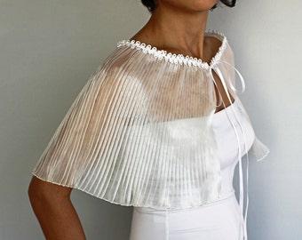 Bridal Cape Bolero, Wedding Shoulder Stole jacket, Pleated Organza, Romantic Bridal Capelet Bolero, Cover Up, Off White Cream, Handmade