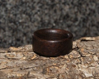 Rosewood ring - Size 7