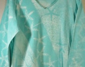 XL Beach tee starfish turquoise waters 3/4 sleeve v neck mono print