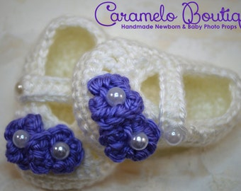 Crochet Baby Girl Slippers with Pearls-Crochet Baby Girl Shoes with Pearls-Baby Girl Loafers-Baby Girl Booties-Baby Girl Photography Prop
