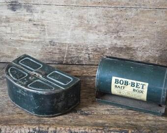 Vintage Bait Box Fishing Worm Belt Box Bob Bet