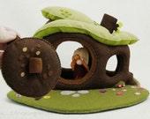 Organic felt soft dollhouse door, Waldorf style toy, Eco friendly toy, Dollhouse accesory