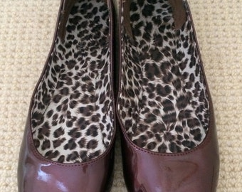 Ballet Flats in Bronze Patent Leather Lined in Cheetah by Kenneth Cole Reaction 9 1/2 M